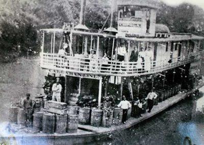 Chipola (paddle boat)